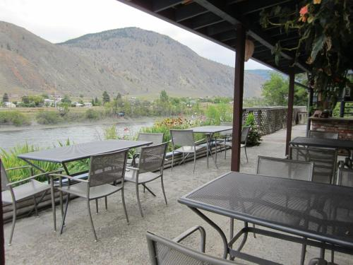 The Inn at Spences Bridge Photo