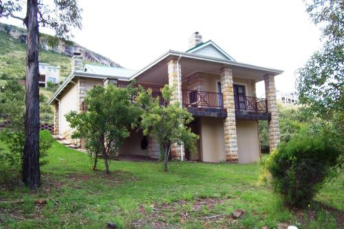Bluegum Villa Photo
