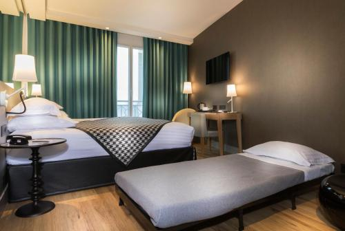 Quality Hotel Acanthe - Boulogne Billancourt photo 37