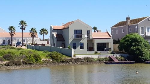 The Port Owen Holiday House Photo