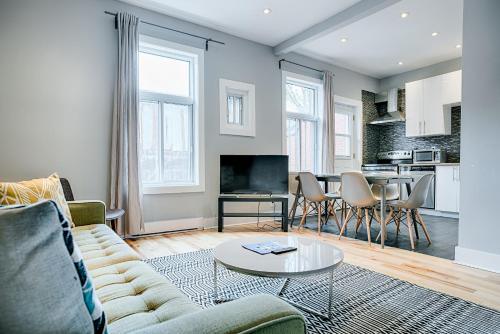 Six Bedroom Apartment on Rue de Bullion Photo