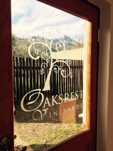 Oaksrest Vineyards Guest Farm Photo