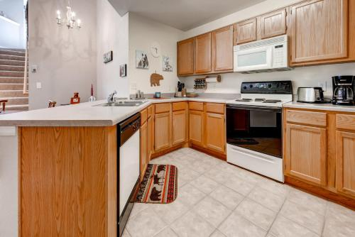 Villas at Swans Nest 2205 by Colorado Rocky Mountain Resorts Photo