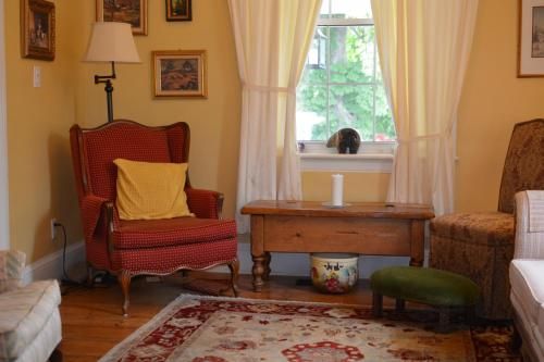 The Stewart House Bed and Breakfast Photo