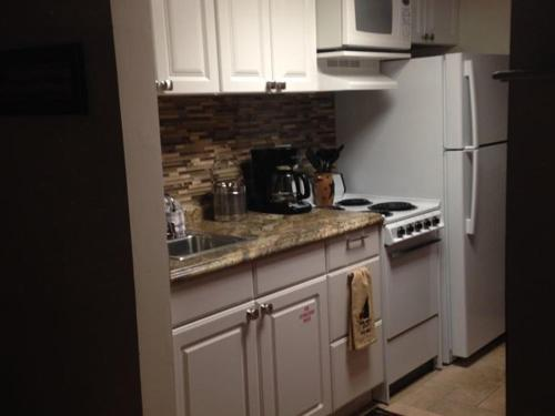 River Road Condo in the Heart of Gatlinburg (Unit 304) Photo