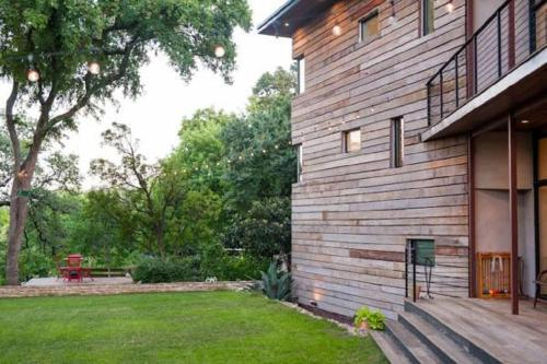Hilltop Retreat Austin Photo