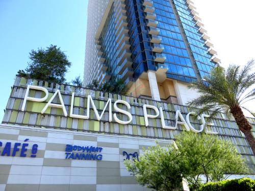 Hotel Palms Place Suites by AirPads