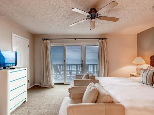 Surfer's Paradise (Beachfront) Apartment Photo
