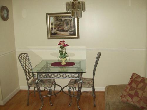River Road Condo in the Heart of Gatlinburg (Unit 306) Photo