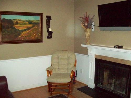 River Road Condo in the Heart of Gatlinburg (Unit 106) Photo