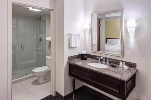 SpringHill Suites by Marriott Dallas Downtown / West End photo 2