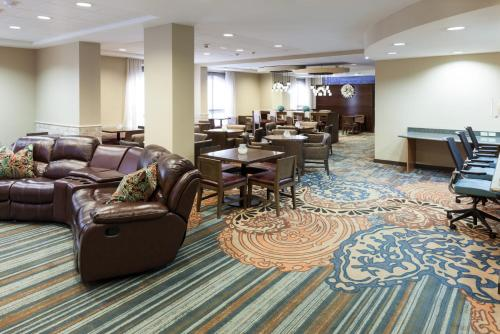 SpringHill Suites by Marriott Dallas Downtown / West End Photo