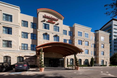 Residence Inn Fort Worth Cultural District Photo