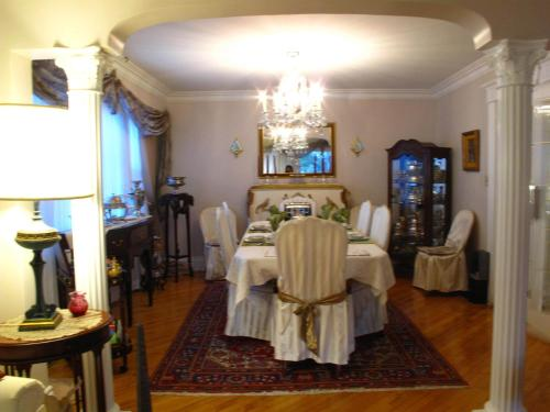 Les Diplomates B&B (Executive Guest House) Photo