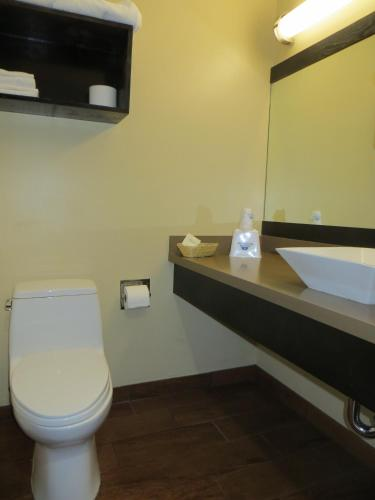 America's Best Value Inn and Suites Mill Valley Photo