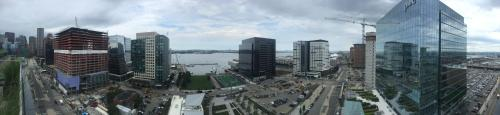 Luxury Suite in Watermark Seaport near BCEC by LYX Suites Photo