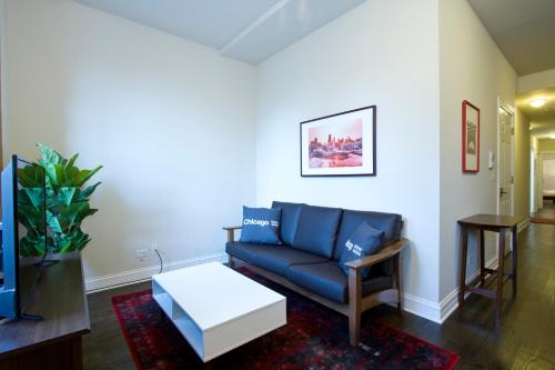 One-Bedroom on W Armitage Avenue Apt A Photo