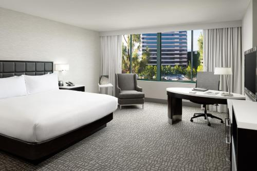 Hilton Woodland Hills/ Los Angeles Photo