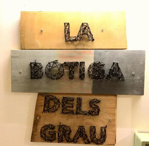 Hostal Grau Barcelona photo 48