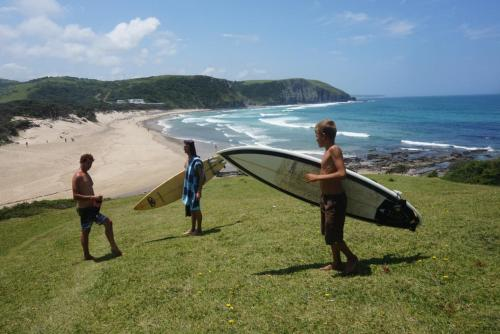 Friends Wild Coast Backpackers Photo