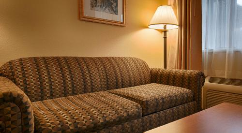 Best Western Oakridge Inn Photo