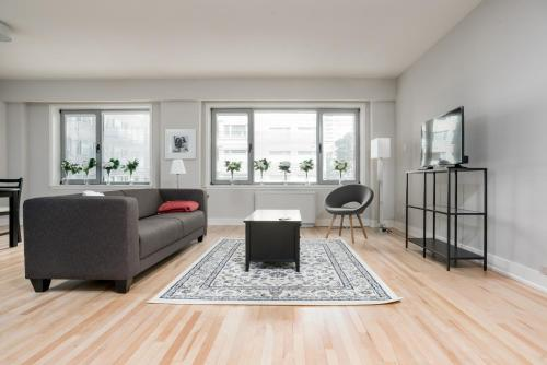 Apartment on Rue de la Montagne 409 Photo