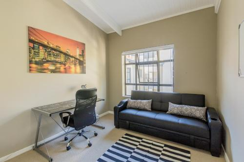 Somerset Links Business Apartment Photo