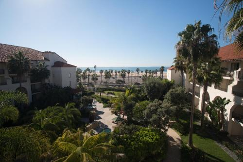 Hyatt Regency Huntington Beach Resort and Spa Photo