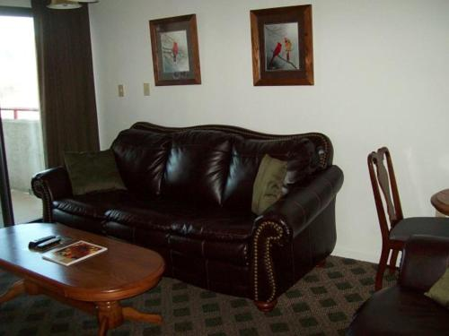 Holly Ridge Two Bedroom (Unit 601) Photo