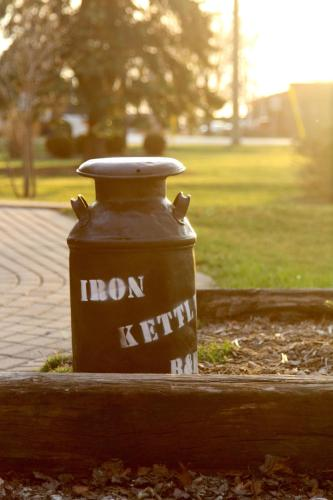 The Iron Kettle Bed and Breakfast Photo