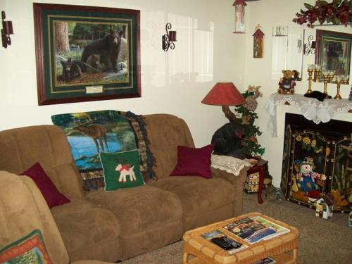Holly Ridge One Bedroom (Unit 205) Photo