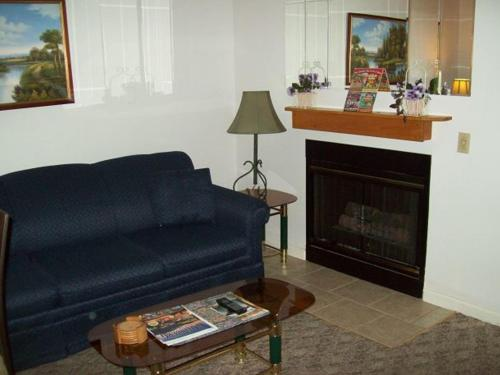 Holly Ridge One Bedroom (Unit 102) Photo
