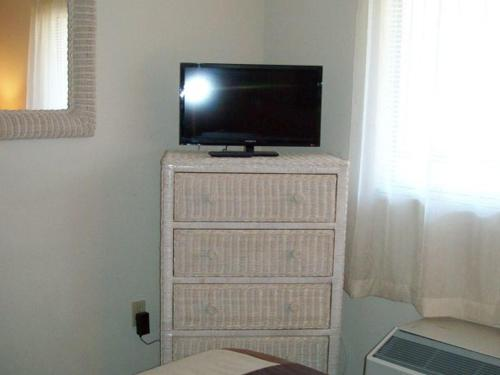 One Bedroom Condo in Downtown Gatlinburg (Unit 705) Photo