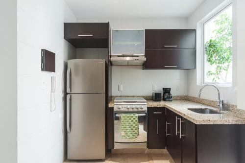 1 Bedroom Apartment Amsterdam Avenue Photo