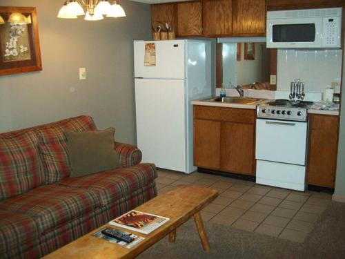 Holly Ridge One Bedroom(Unit 201) Photo