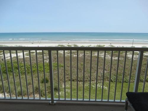 Best Direct Oceanfront Condo on Beach Photo