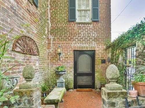 Lamplight Carriage House Photo