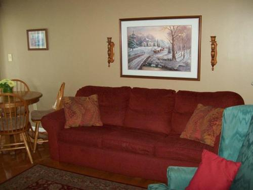 Holly Ridge Two Bedroom (Unit 401) Photo