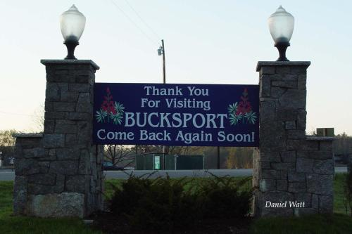 Bucksport Motor Inn Photo