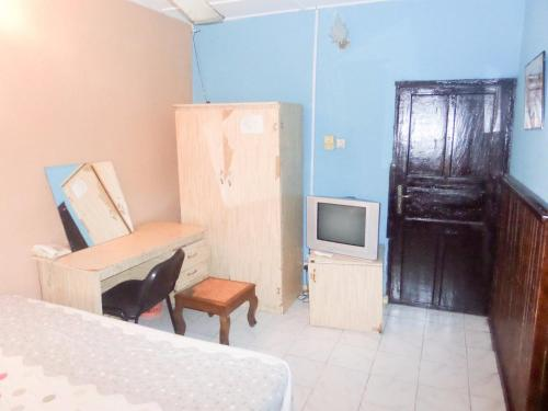 Oak Hotels, Agboju