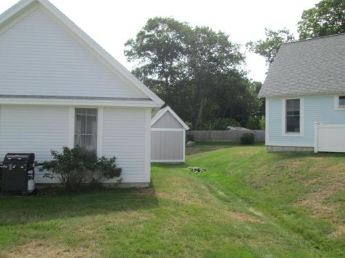 Summer Village Beach Cottage Rental House Photo