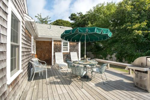 Cape Cod Beach House in Hyannis Photo