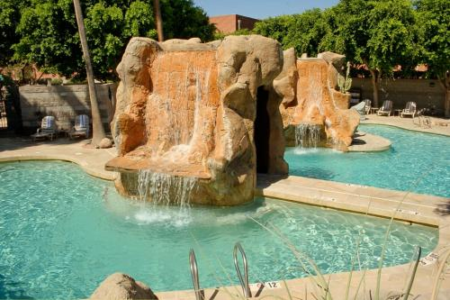 Wyndham Garden Midtown Phoenix photo 21