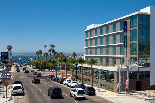 Homewood suites by hilton san diego downtown bayside san diego rental homes for Hilton garden inn san diego bayside