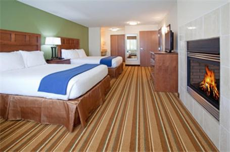 Holiday Inn Express and Suites Los Alamos Entrada Park Photo