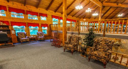 Smoketree Lodge by VRI Resort Photo