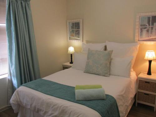 Point Village Accommodation - Ocean Two 43 Photo