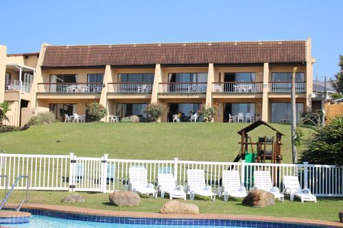 Glenmore Sands Beach Resort Photo