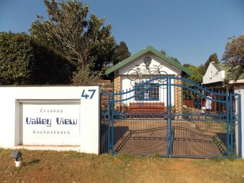 Valley View Backpackers