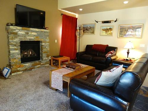 Mammoth Estates Condo 138 Photo